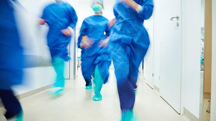 Médicos de urgencias y emergencias exigen ser una especialidad